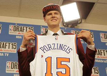 Knicks Signed Jersey